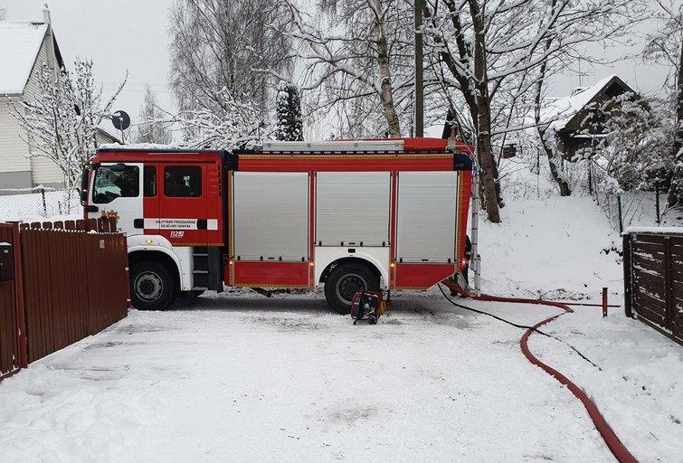 Ugniagesiai (nuotr. Broniaus Jablonsko)