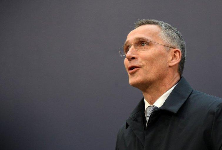 """NATO vadovas """"nepriimtinais"""" vadina užsienio šalių bandymus daryti įtaką rinkimams (nuotr. SCANPIX)"""