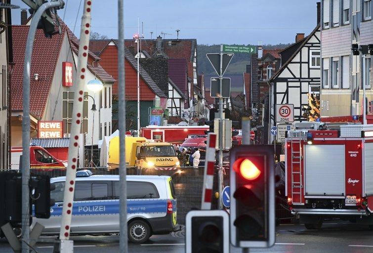 Vokietijoje automobiliui įsirėžus į minią sužaloti 52 žmonės, tarp jų 18 vaikų (nuotr. SCANPIX)
