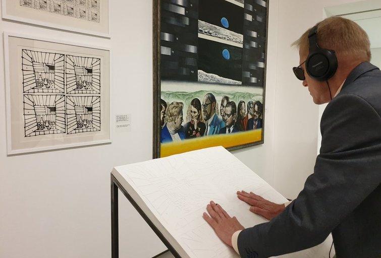 """Nacionalinė dailės galerija pakvietė į liečiamąją parodą """"Blind date 2"""". Linos Puodžiūnienės nuotr."""