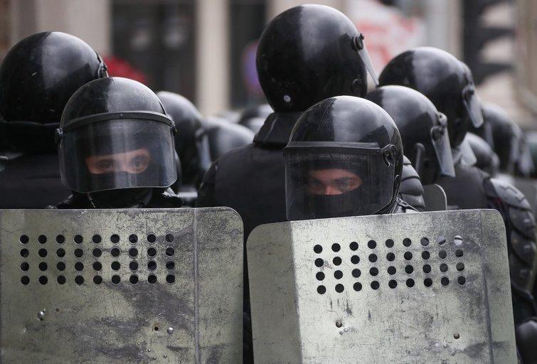 Liudininkai: Minske per OMON susirėmimus su protestuotojais nukentėjo keli žmonės (nuotr. SCANPIX)