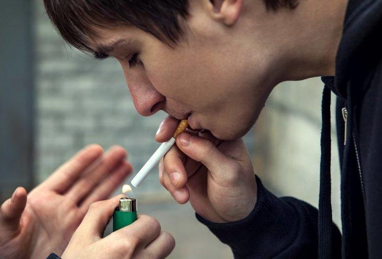 Rūkymas (nuotr. 123rf.com)