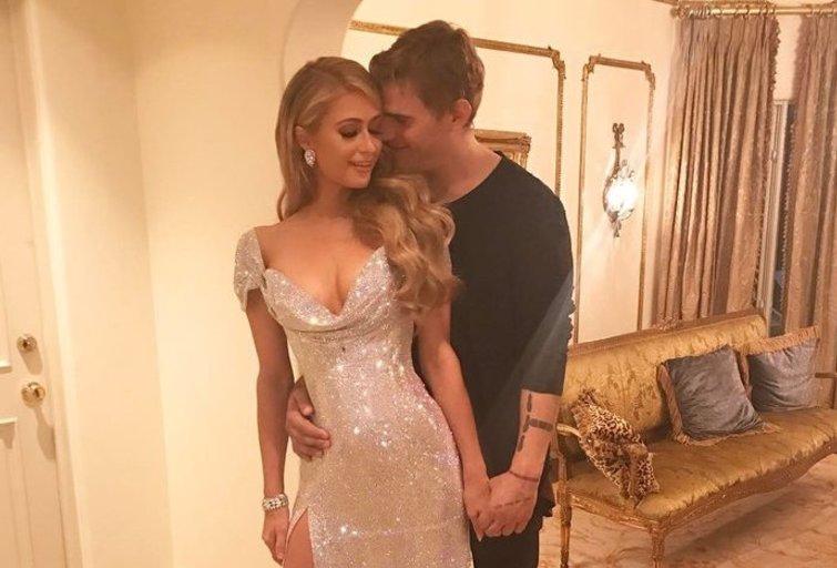 Paris Hilton ir Chrisas Zylka (nuotr. Vida Press)
