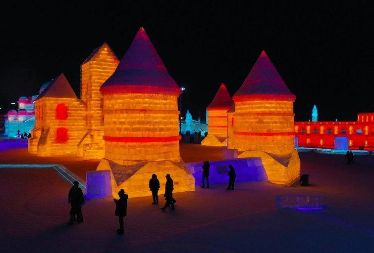 Kinijoje pastatyta Trakų pilies kopija iš ledo Made In Vilnius
