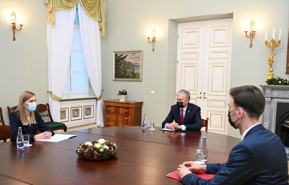 Prezidentas susitinka su kandidate į vidaus reikalų ministres Agne Bilotaite / Lietuvos Respublikos Prezidento kanceliarijos nuotraukos / Robertas Dačkus