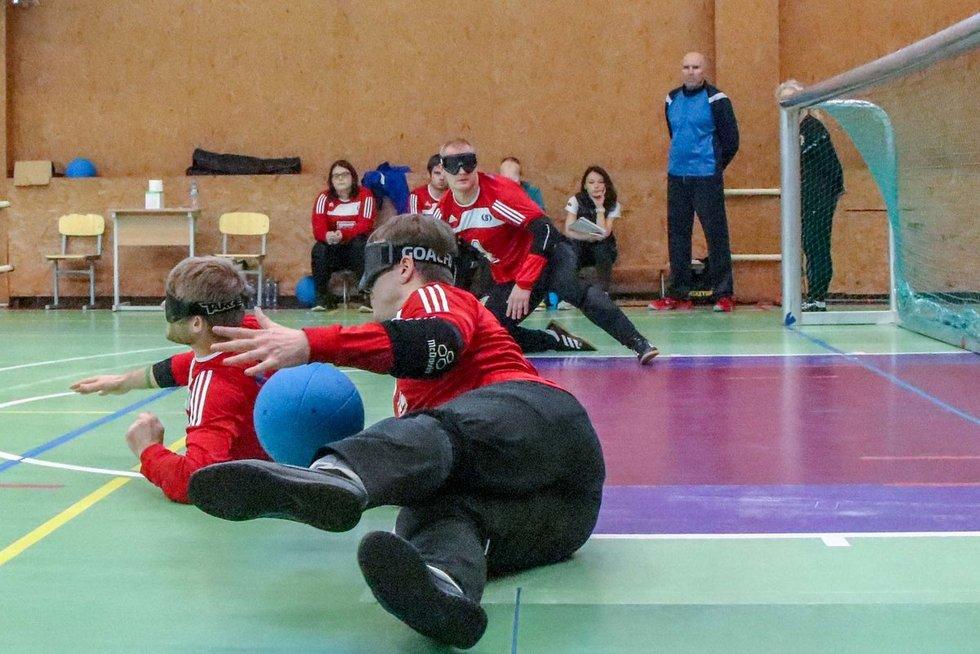 Kelialapį į paralimpines žaidynes turi ir Lietuvos vyrų golbolo rinktinė. LPAK archyvo nuotr.