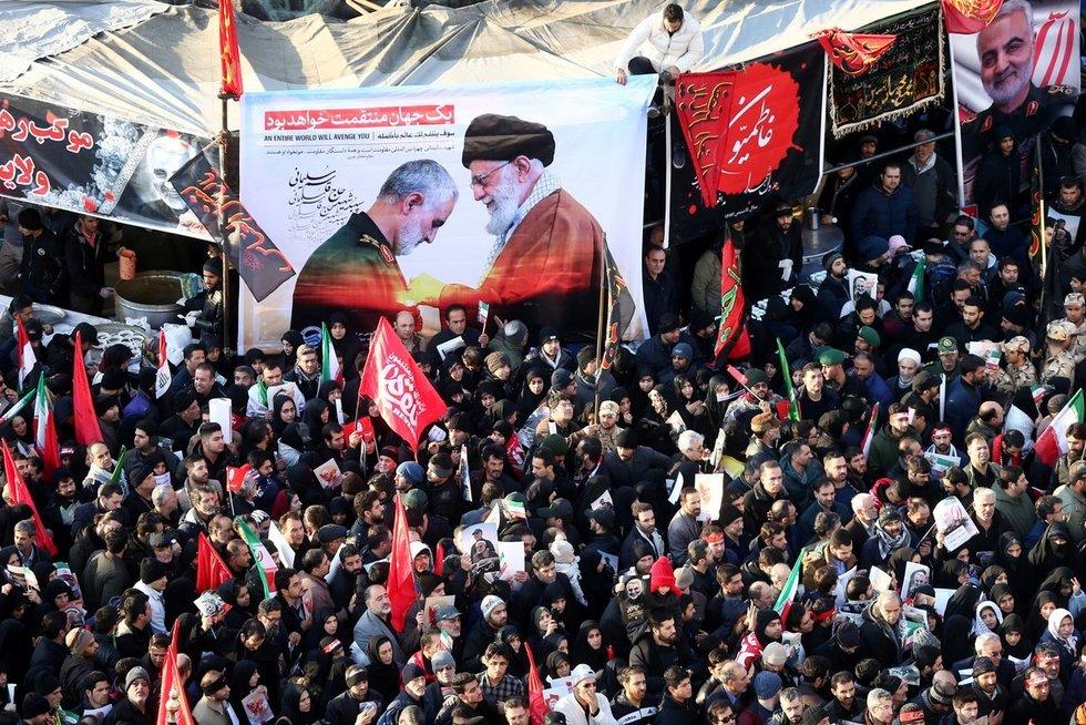 Iranas sekmadienį pranešė, kad šalis nebesilaikys jokių 2015 metų branduolinio susitarimo apribojimų (nuotr. SCANPIX)