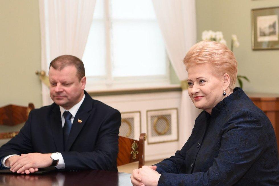 Saulius Skvernelis ir Dalia Grybauskaitė (nuotr. Fotodiena.lt)