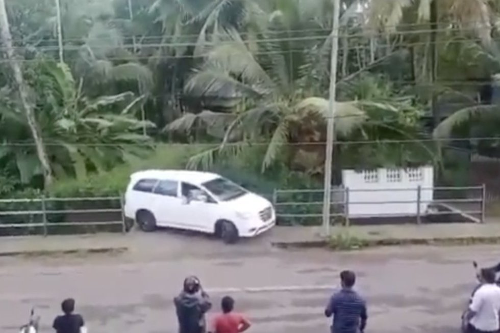 Parkavimas (nuotr. stop kadras)