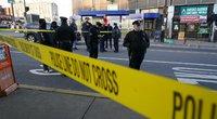 Filadelfijoje prie transporto mazgo šūviais sužeisti aštuoni žmonės (nuotr. SCANPIX)