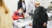 Išankstinis balsavimas Seimo rinkimuose (nuotr. Fotodiena/Justino Auškelio)