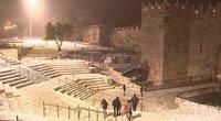 Jeruzalėje pirmąkart per 13 metų iškrito sniegas: pažiūrėti jo keliauja net iš kitų miestų (nuotr. stop kadras)