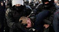 Rusijoje prasidėjus protestams sulaikyta kelios dešimtys Navalno šalininkų (nuotr. SCANPIX)