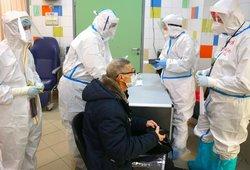 Virusas nesustoja: fiksuojami nauji židiniai įmonėse, plečiasi ankstesni protrūkiai