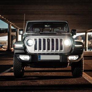 """Baltijos šalyse pristatytas """"Jeep"""" pikapas: įvardijo, kiek kainuos"""