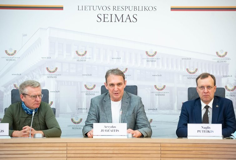 Sakalas Gorodeckis, Arvydas Juozaitis, Naglis Puteikis (nuotr. Fotodiena/Justino Auškelio)