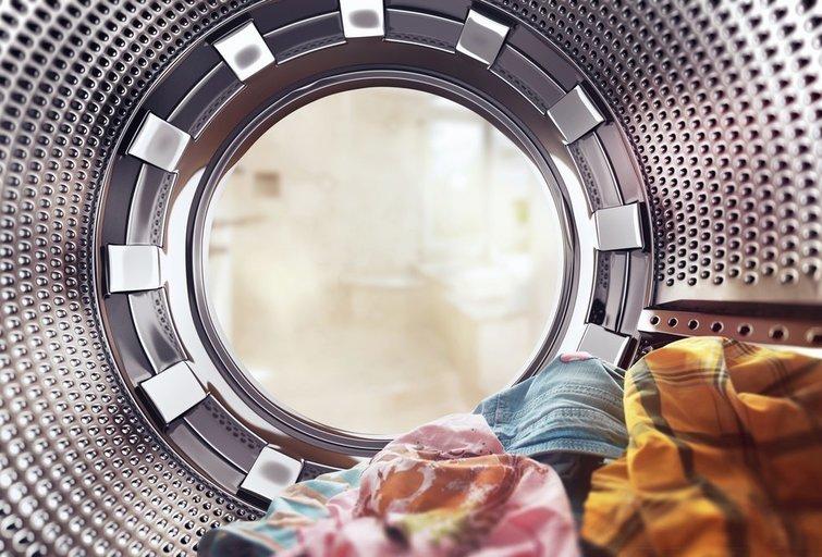 Skalbimo mašina (nuotr. Shutterstock.com)