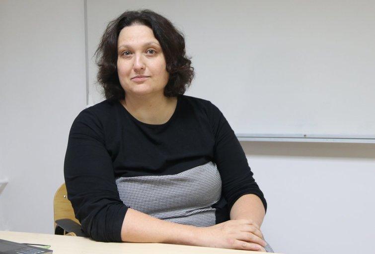 """Psichologė Karilė Levickaitė – viena iš VšĮ """"Rastis"""" spalio–gruodžio mėnesiais organizuojamo atvirų paskaitų ciklo lektorių. Sigitos Inčiūrienės nuotr."""