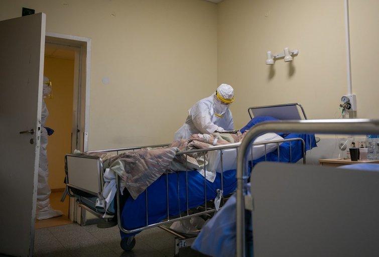 Pacientai gydomi nuo Covid-19 (nuotr. Sauliaus Žiūros)