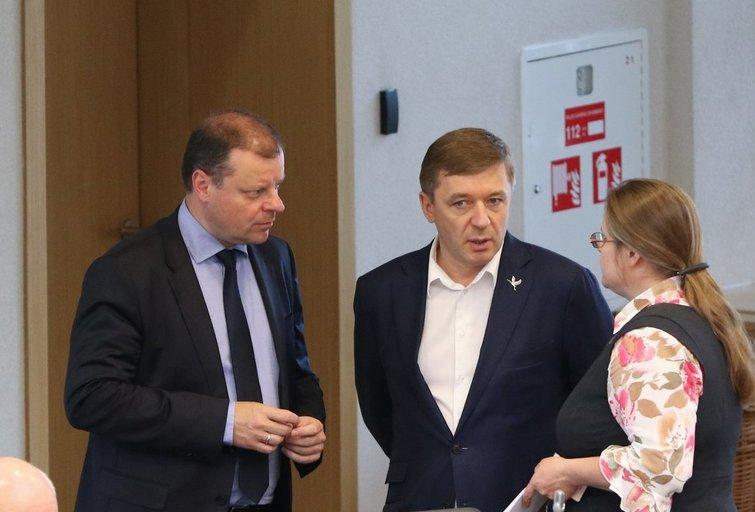 Saulius Skvernelis, Ramūnas Karbauskis, Agnė Širinskienė  (nuotr. Fotodiena.lt)