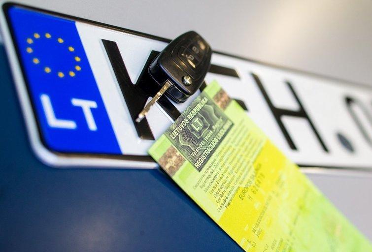 Automobilių registracija (nuotr. Regitra)
