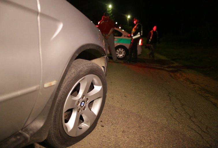 Bėglį pavyko sustabdyti tik Gineitiškėse apšaudžius jo automobilį nuotr. Broniaus Jablonsko