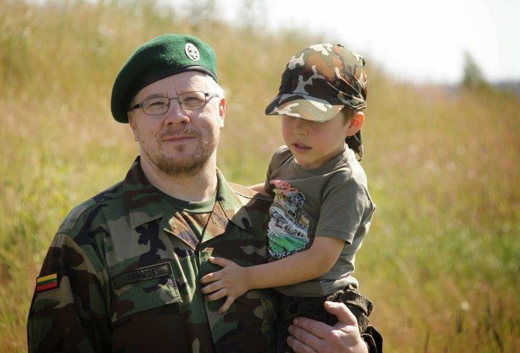 Šarūnas Sabaitis – Naujienų agentūros BNS žurnalistas, Lietuvos kariuomenės savanoris. Asmeninio archyvo nuotr.
