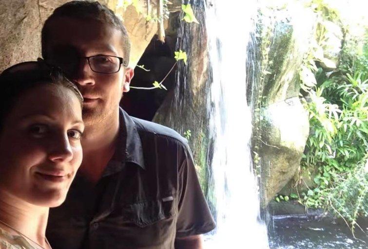 Anna ir Terry (nuotr. YouTube)