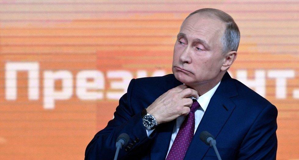 Rusijos prezidentas spaudos konferencijoje: tikina, kad žmonės gyvena gerai ir guodžia nelaimėlius (nuotr. SCANPIX)