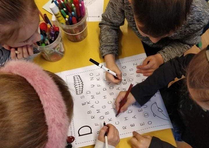 Širvintų pradinėje mokykloje laukiami ir įvairią negalią turintys vaikai. Širvintų pradinės mokyklos archyvo nuotr.