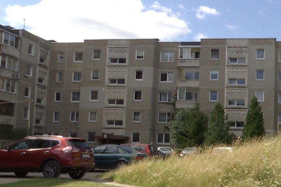 Tiriama mįslinga žmogžudystė Kaune: kažkas paliko vyrą mirti