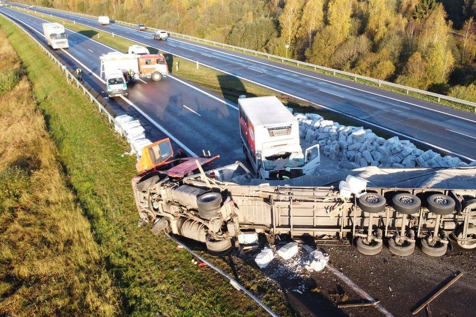 Plikledis ir avarija netoli Šiaulių (nuotr. Egidijus Anglickis/TV3)