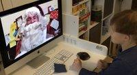 Mažieji šiemet su Kalėdų seneliais bendrauja per ekranus: parodė, kaip sekasi naujos tradicijos (nuotr. stop kadras)