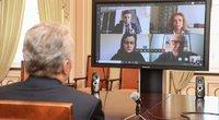 Prezidentas Gitanas Nausėda surengė virtualų susitikimą su neįgaliųjų ir savivaldybių atstovais. LR Prezidento kanceliarijos archyvo / Roberto Dačkaus nuotr.