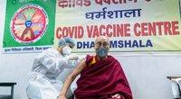 Dalai Lama paskiepytas nuo koronaviruso (nuotr. SCANPIX)