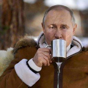Putino fotosesijos – jos turi vieną aiškų tikslą