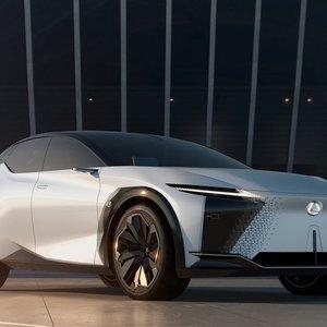 """""""Lexus"""" pristato naują elektromobilį: per 4 metus jų planuoja pasiūlyti dar per 20 modelių"""