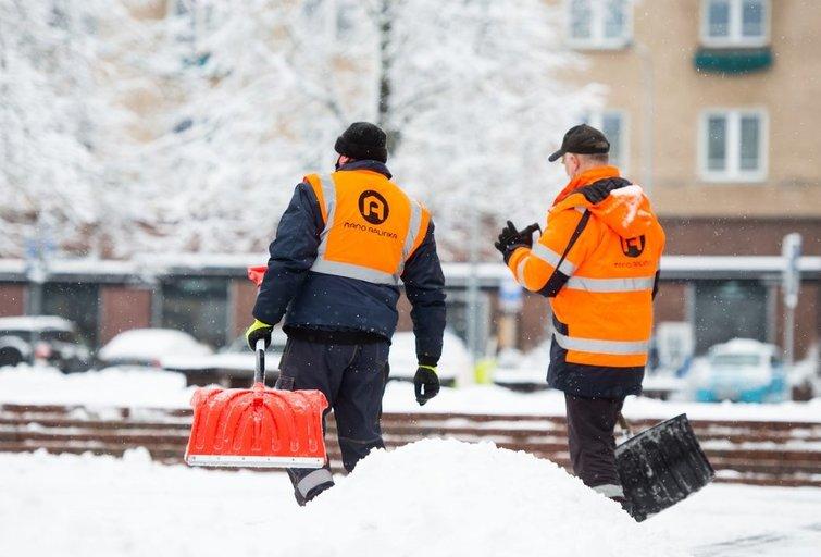 Sniego valymas. Fotodiena/Justinas Auškelis
