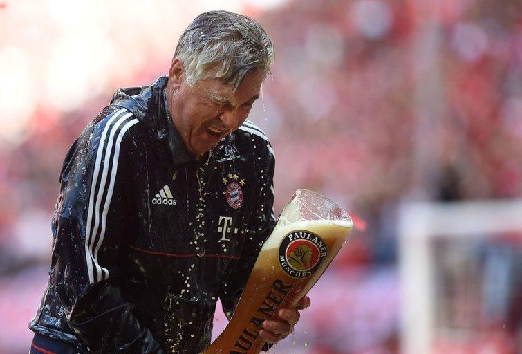 "Miuncheno ""Bayern"" švenčia čempionų titulą (nuotr. SCANPIX)"