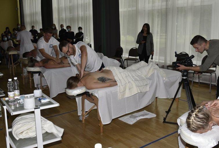 Masažo čempionato akimirka (nuotr. Organizatorių)