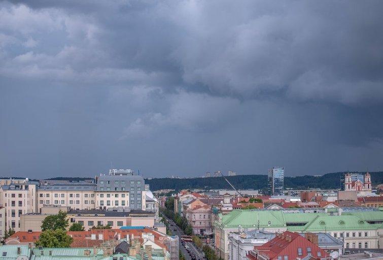 Debesys Vilniuje (nuotr. Fotodiena/Justinas Auškelis) (nuotr. Fotodiena/Justino Auškelio)