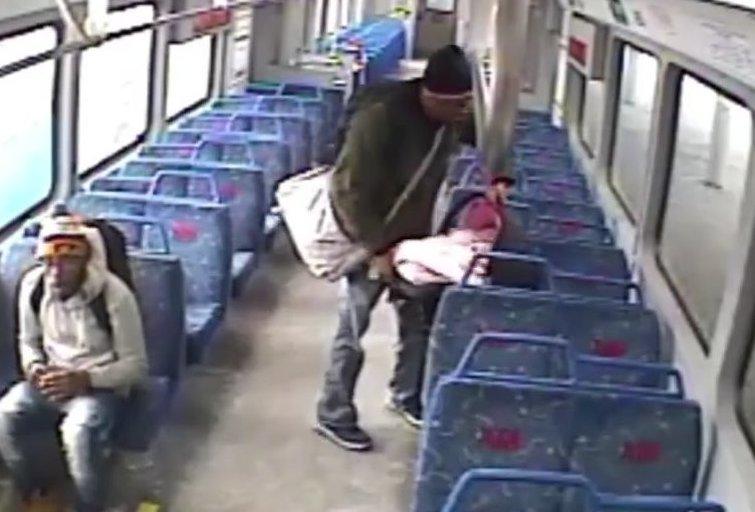 Pasibaisėtinas tėvo poelgis: paliko vaiką traukinyje