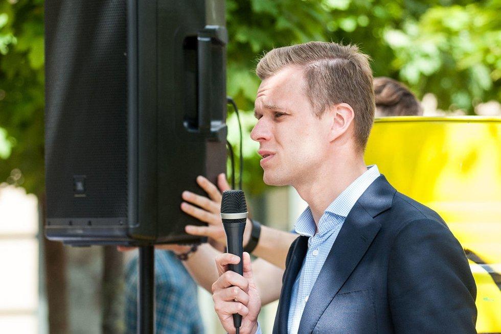G. Landsbergis