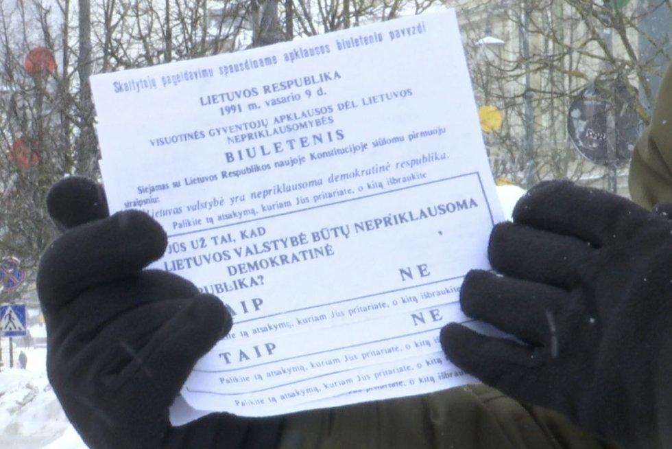 Referendumui užLietuvos nepriklausomybę – 30 metų: dalyvavo daugiau nei 2 mln. lietuvių (nuotr. stop kadras)