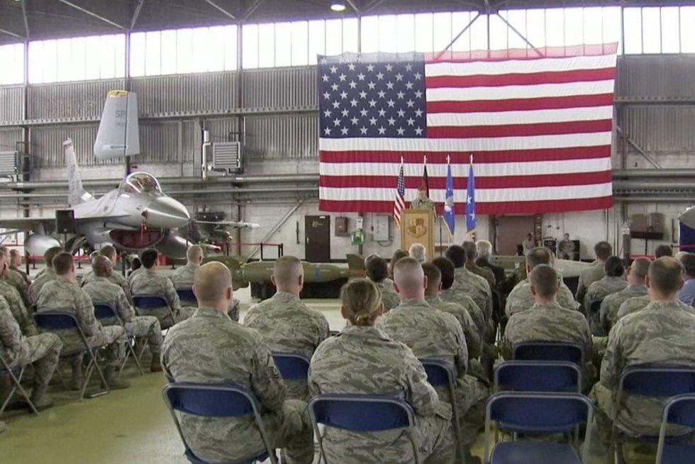 Ekspertai: jei JAV kariai iš Vokietijos bus perkelti į kaimyninę Lenkiją, tuo džiaugtis neturėtume