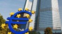 Euro ženklas prie ECB (nuotr. 123rf.com)