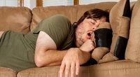 Miegojimas ant sofos (nuotr. Shutterstock.com)