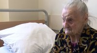 Panevėžio slaugos ligoninės pacientams eiles deklamuoja 105-erių senolė