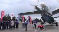 Sumušė rekordą: 31,5 tonos sveriantį lėktuvą patraukė 1 metrą 12 centimetrų (nuotr. stop kadras)