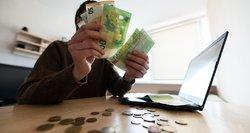 Ar nesiskiepijantiems gali nemokėti pensijų, kitų išmokų ir atlyginimų?